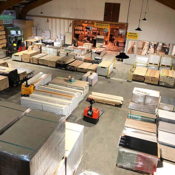 vloeren outlet europa vloerenoutleteuropa store laminaat tegellaminaat visgraat laminaat lamelparket massief houten vloeren plinten ondervloeren outletstore